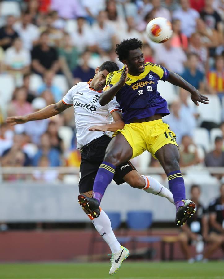 Valencia CF-Swansea (0-3): Las imágenes de la debacle