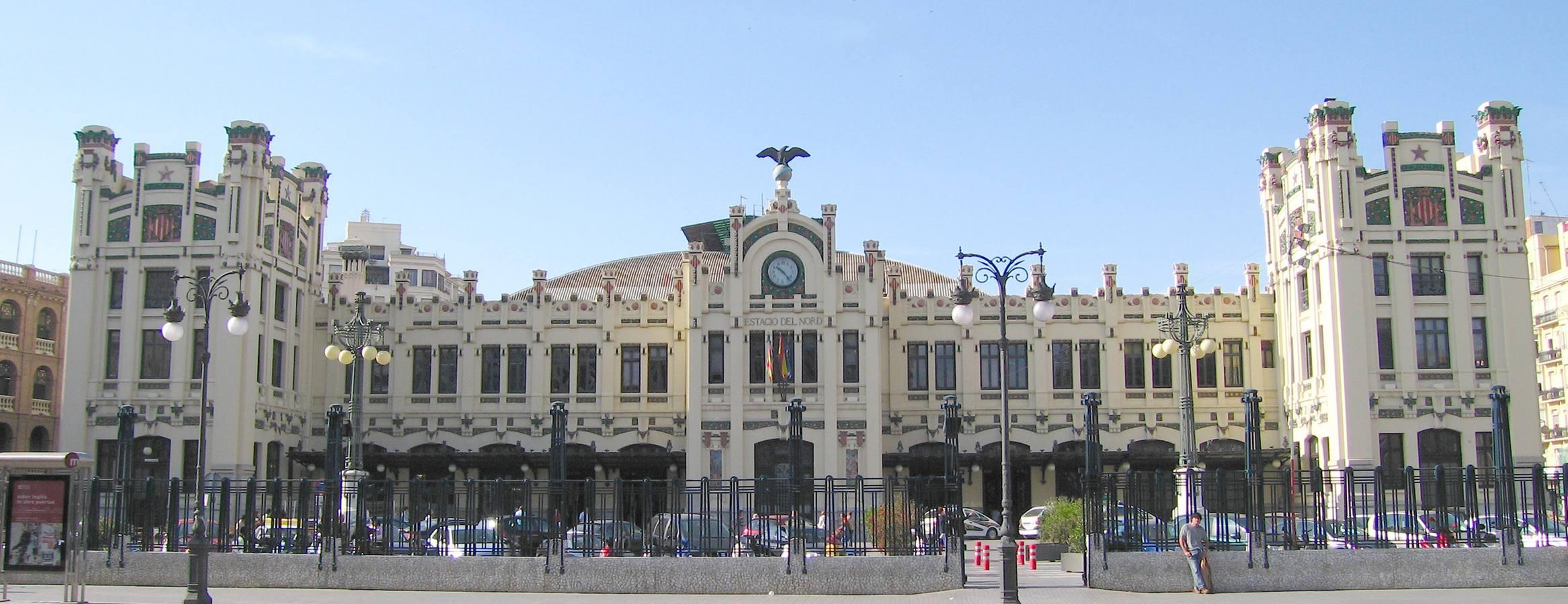 Las 10 estaciones españolas más bonitas