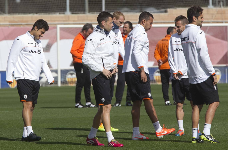 El Valencia prepara el partido de Almería