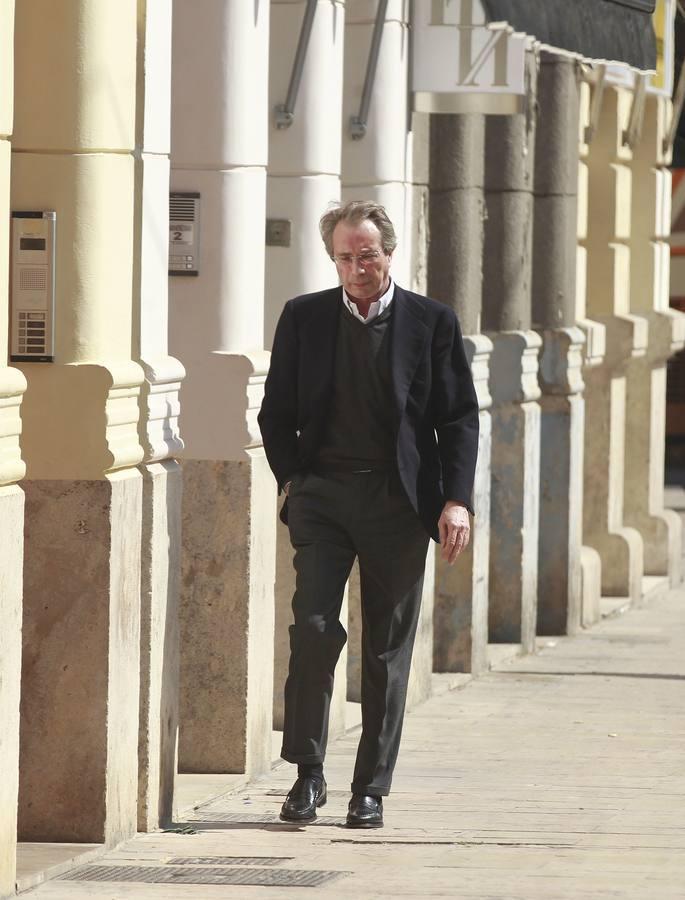 Vicente Soriano, expresidente del Valencia, en la zona de su domicilio en Valencia